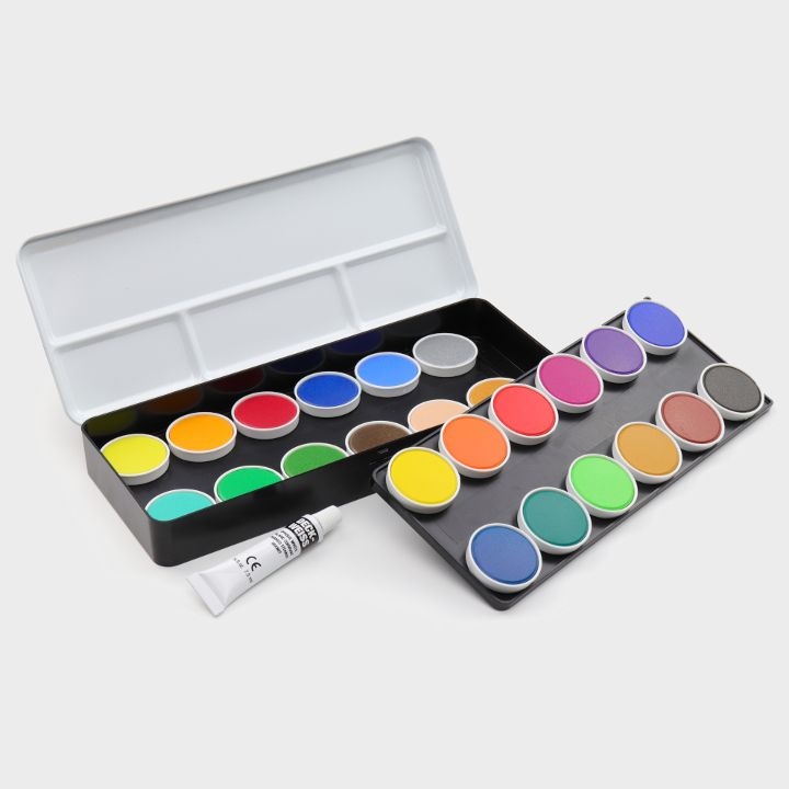24 opaque watercolours with gold and silver tone
